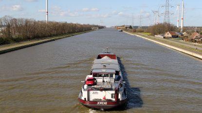 """Transport via Kempense kanalen stijgt sterk: """"16.432 vrachtwagens minder in één jaar tijd"""""""
