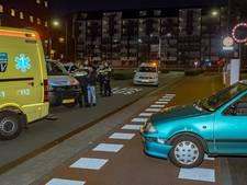 Agente raakt gewond na aanrijding in Tilburg