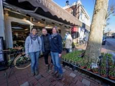 Uitgestalde bloemen van Almelose bloemist zorgen voor ophef: 'Belachelijk'