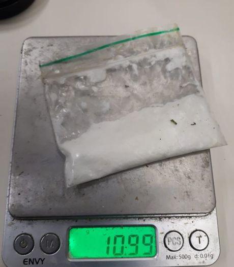 Drugsrijder uit Rijssen zonder geldig rijbewijs aangehouden in Hengevelde
