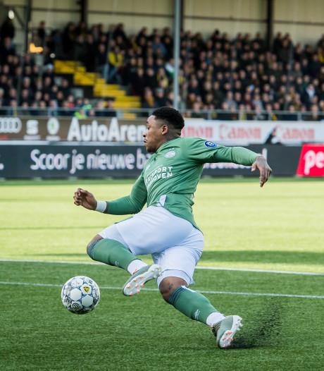 LIVE | PSV zet VVV meteen vast en creëert kansen in openingsfase: 0-0