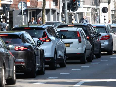 Rijk trapt op rem voor autoluw Eindhoven