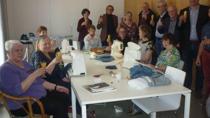 Ontmoetingshuis De Dorpel opent een naaiatelier
