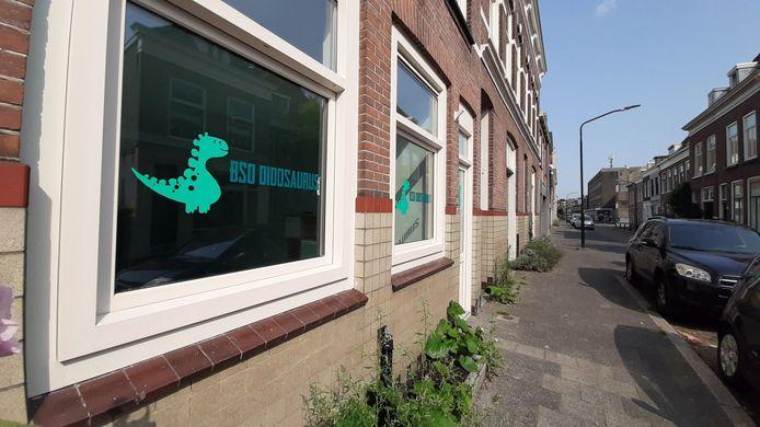 Gwendelyn Bonsink wil aan het Kromhout 177 in Dordrecht haar buitenschoolse opvang Didosaurus beginnen, maar dat mag niet van de gemeente.