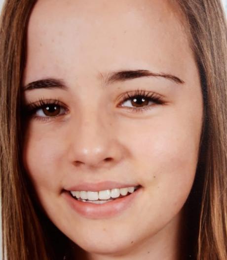 Kunstschaatsster Julia van Rennes (13): 'Denk niet aan vallen'