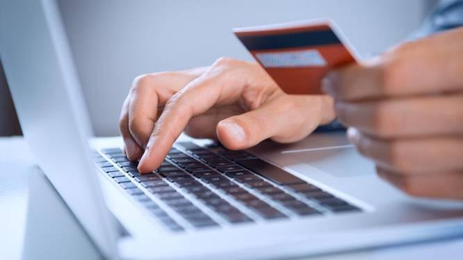 De juiste kredietkaart bespaart u pak euro's