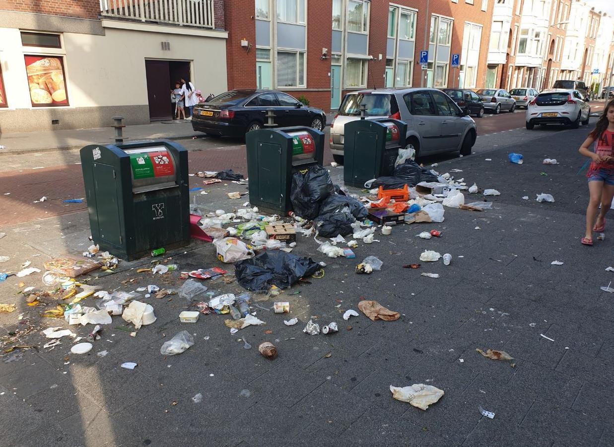 Afval Wolmaransstraat. De stank is niet te harden.