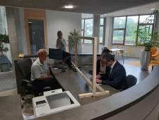 Buzee krijgt een burgemeester; Jack van der Hoek officieel ingeschreven als inwoner