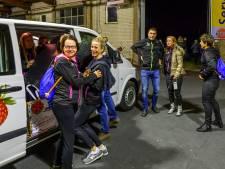 Nispense hardlopers aangekomen in Frankrijk: 'Na een kort nachtje gaan we morgen het bevrijdingsvuur ophalen'