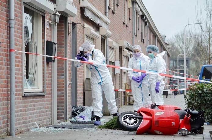 De technische recherche doet onderzoek na een uit de hand gelopen burenruzie in Tilburg.