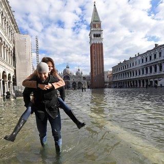 Onze correspondent: 'Overstroomd Venetië voelt apocalyptisch aan'