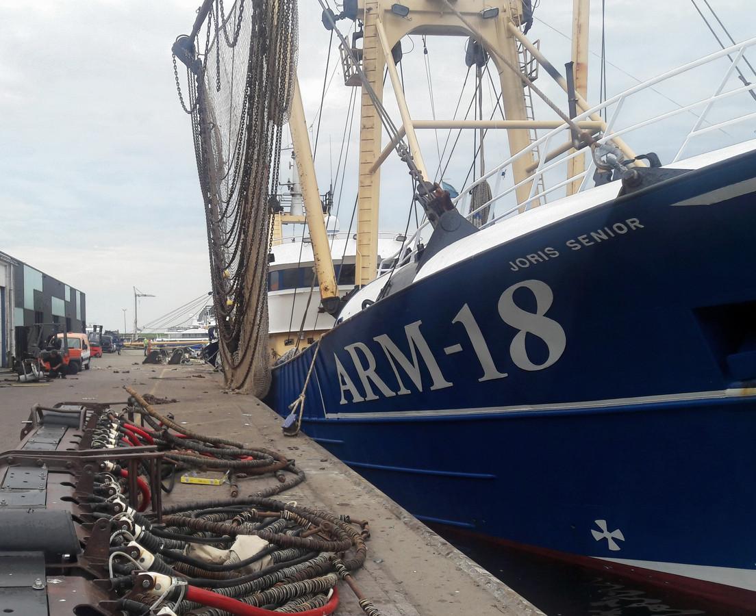 Een aantal Zeeuwse vissers moest voor 1 juni de pulselektroden verruilen voor de ouderwetse wekkerkettingen.