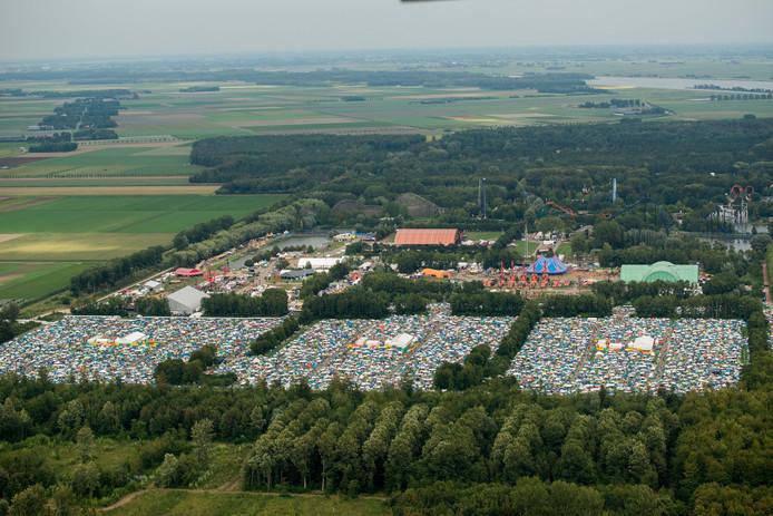 Veluwse gemeenten: 'overlast Lowlands en Defqon 1 moet flink