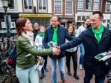 Als Pechtold in de stad is nemen Utrechters die flyers wél aan