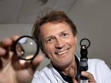 Frank Kerkhoff van MMC Veldhoven: specialist in de allerkleinste ogen