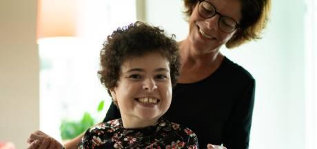Sluiting dagbesteding zwaar voor cliënten en ouders, moeder Yolanda: 'Ik hoop dat ik het volhoud'
