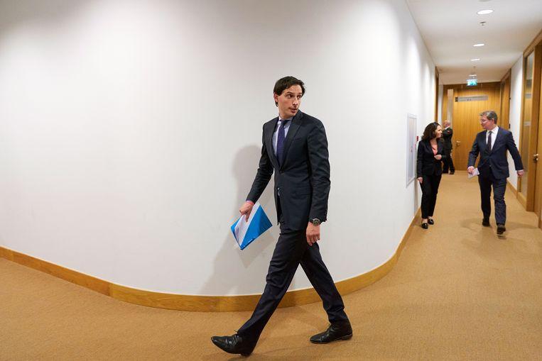 Minister Wopke Hoekstra (financiën) na afloop van een persconferentie over het reddingspakket voor Air France-KLM. Beeld ANP