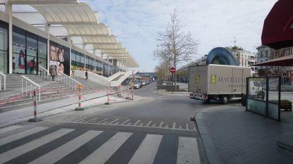 """Invoering nieuwe verkeerscirculatie Stationsplein uitgesteld tot juli: """"Te veel onzekerheid door crisis"""""""
