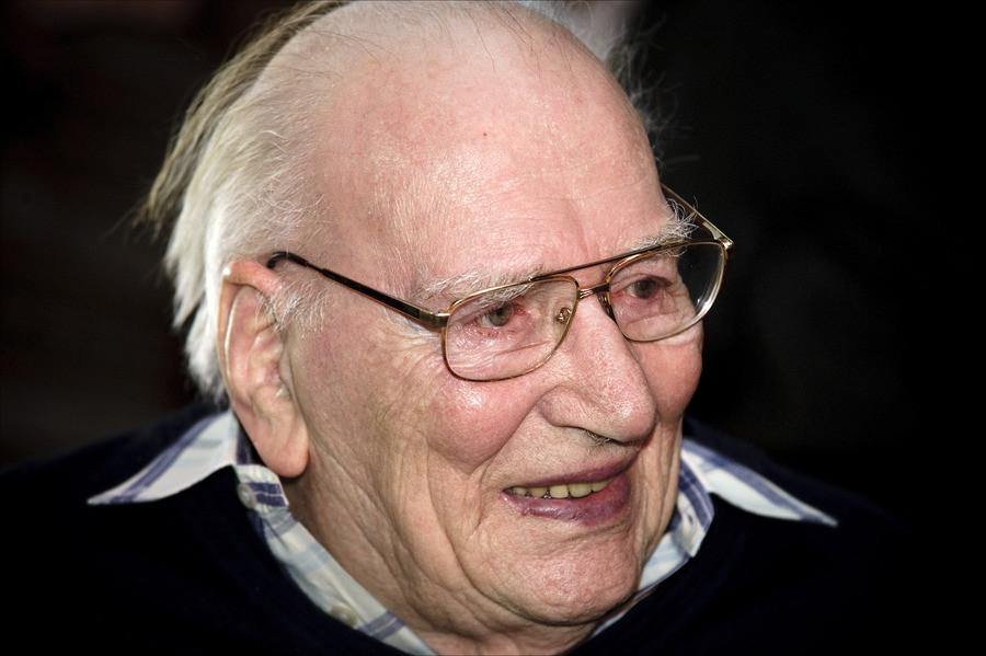 50 jaar studio sport in beeld Oud sportjournalist Bob Spaak overleden | Foto | AD.nl 50 jaar studio sport in beeld