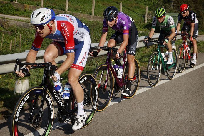 De vlucht van de dag, met Pim Ligthart en in zijn wiel Alex Molenaar.