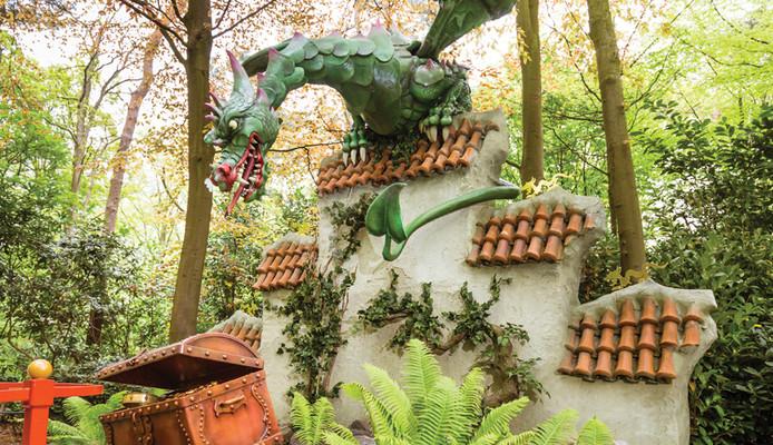 Le Dragon entre en action dès que les enfants touchent au trésor