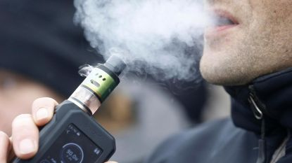"""Longspecialisten eisen strengere regels voor e-sigaret: """"Dampen is even verslavend én opstap naar echte sigaret"""""""