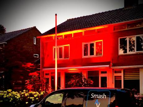 Bovenkerk in Kampen voor een avond in het rood
