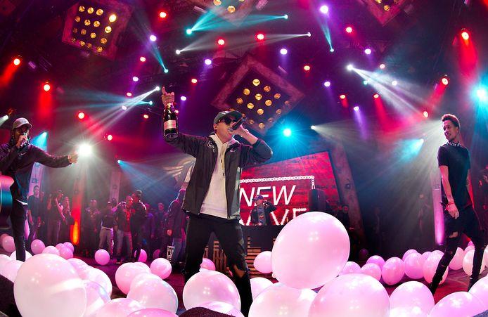 Hiphopcollectief The Wave wint de Popprijs 2015 tijdens Eurosonic Noorderslag.