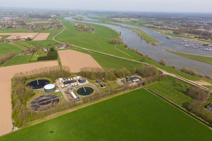 De oude waterzuiveringsinstallatie in Terwolde vormt de entourage van een proef met een hele nieuwe manier van rioolwaterzuivering.