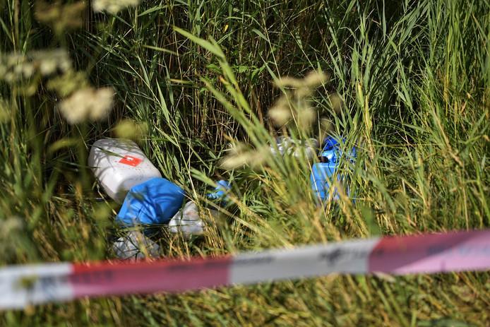 Negentien drugsvaten aangetroffen in Teteringen.