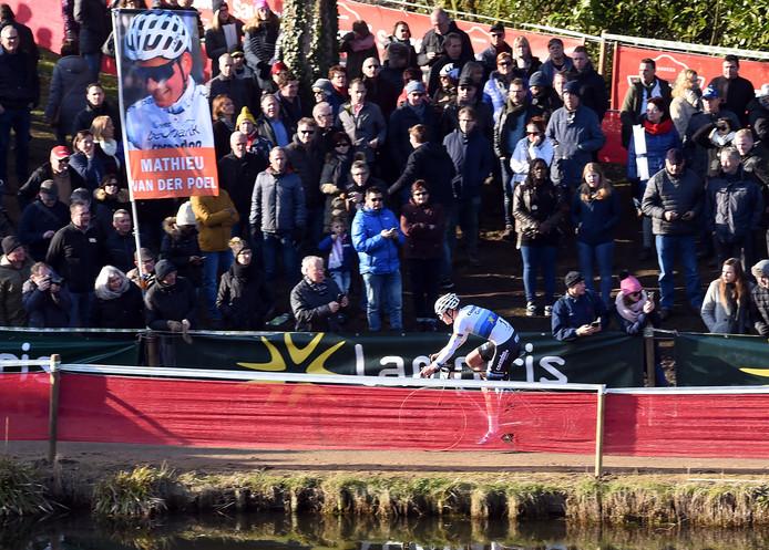 Mathieu van der Poel tijdens de Vestingcross eerder dit jaar.