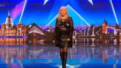 68-jarige vrouw zet Simon Cowell met mond vol tanden in 'Britain's Got Talent'