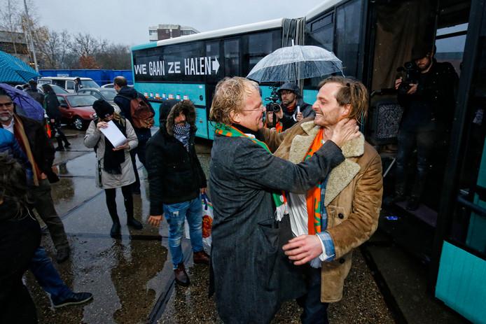 De bus van We Gaan Ze Halen vertrok vrijdagochtend uit Utrecht.