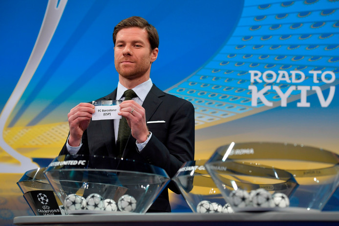 Xabi Alonso deed de loting in Nyon.