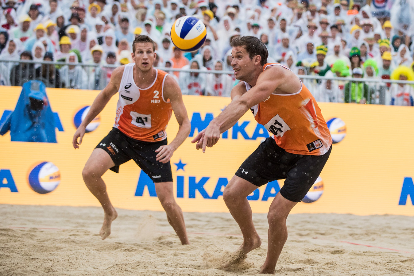 Maarten van Garderen en Christiaan Varenhorst in actie.