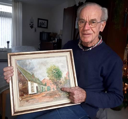 Verbouwing Koetshuis bij de Molenstraat , Jan Jongmans met een schilderij van het koetshuis in zijn jeugd. Schilderij gemaakt door zijn broer Piet