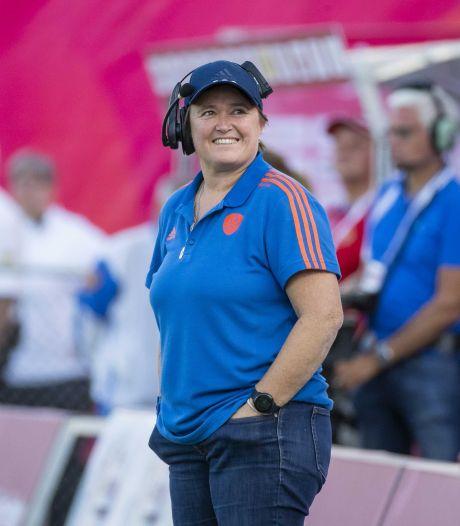 Annan blijft tot WK 2022: 'Mag met de beste hockeysters van Nederland werken'