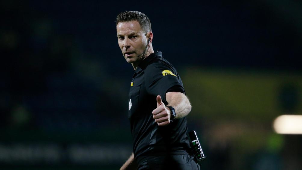 Van Boekel na terugtrekken penalty: 'Wilde niet weer eigenwijs zijn'