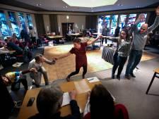 Wiskundeleraren vieren met elkaar de schoonheid van hun vak op Nationale Wiskunde Dagen in Veldhoven