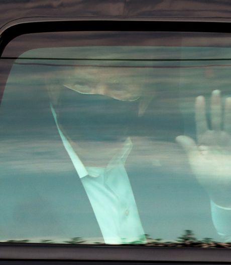 Reacties op coronapatiënt Trump: 'Hij zit de zaak te bedonderen'