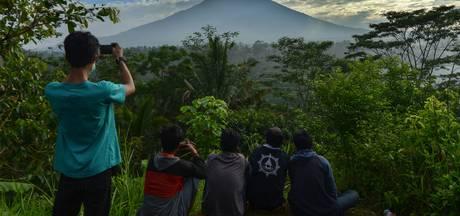 Tienduizenden inwoners Bali op de vlucht voor rommelende vulkaan