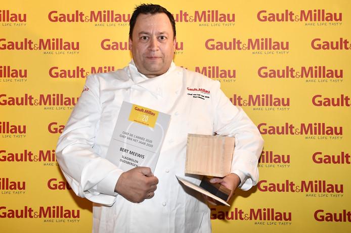 Bert Meewis du Restaurant Slagmolen à Oudsbergen décroche le titre de Chef de l'année 2020.