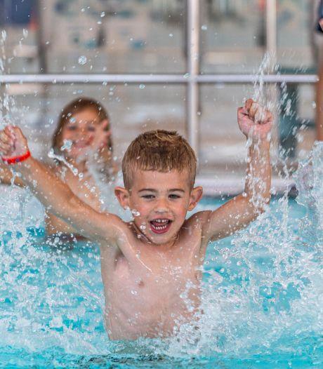 Zwembad De Schelp weer open: 'Bezoek aan zwembad eng? Welnee'