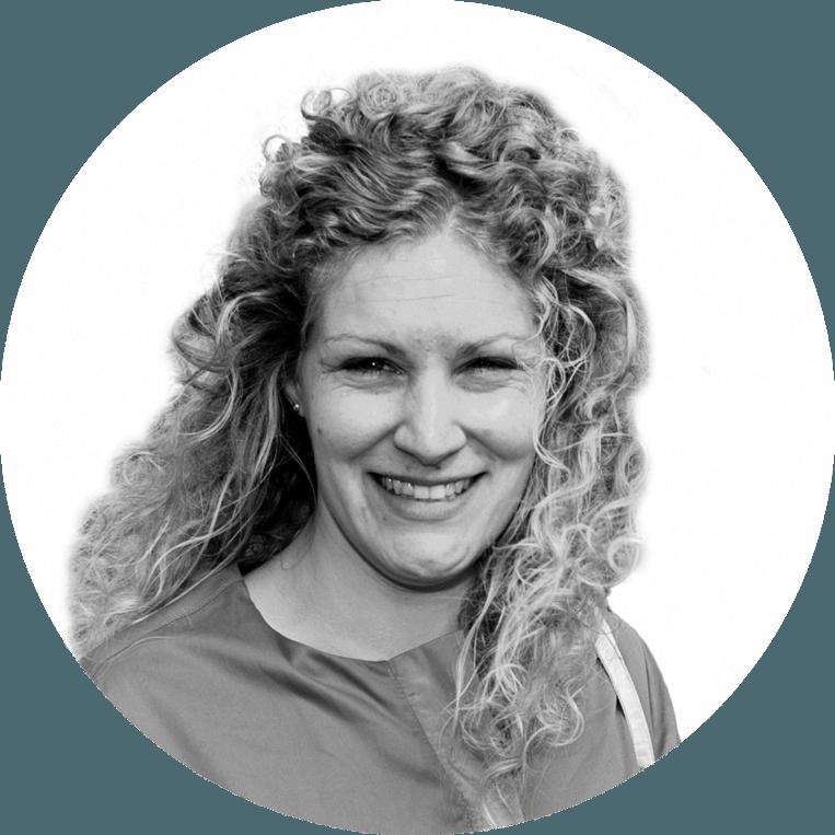 Marijke de Vries (1987) werkt sinds 2012 voor Trouw, eerst als redacteur onderwijs. Sinds 2016 is ze correspondent voor deze krant in België. Ze woont in Brussel. Beeld