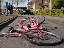 Fietser aangereden in Oosterhout, met verwondingen naar ziekenhuis