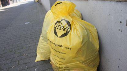 Voortaan wekelijkse ophaling van vuilniszakken in de zomermaanden?