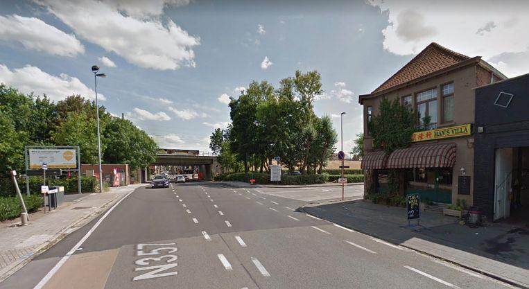 In deze buurt werd de 18-jarige fietser uit Zulte aangereden door een bestelwagen.