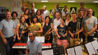 Harmonie De Goede Vrienden in concert met Belle Perez en Udo