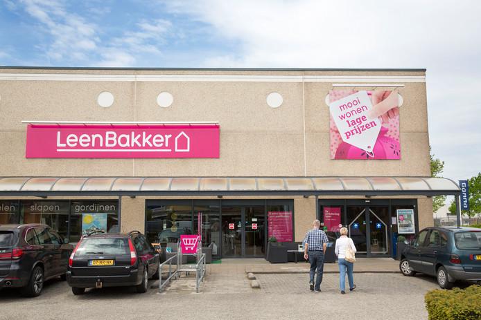 Blokker verkoopt Leen Bakker aan Gilde | Economie | ed.nl