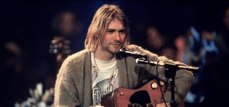 Gebruikt plastic pizzabord Kurt Cobain levert 20.000 euro op
